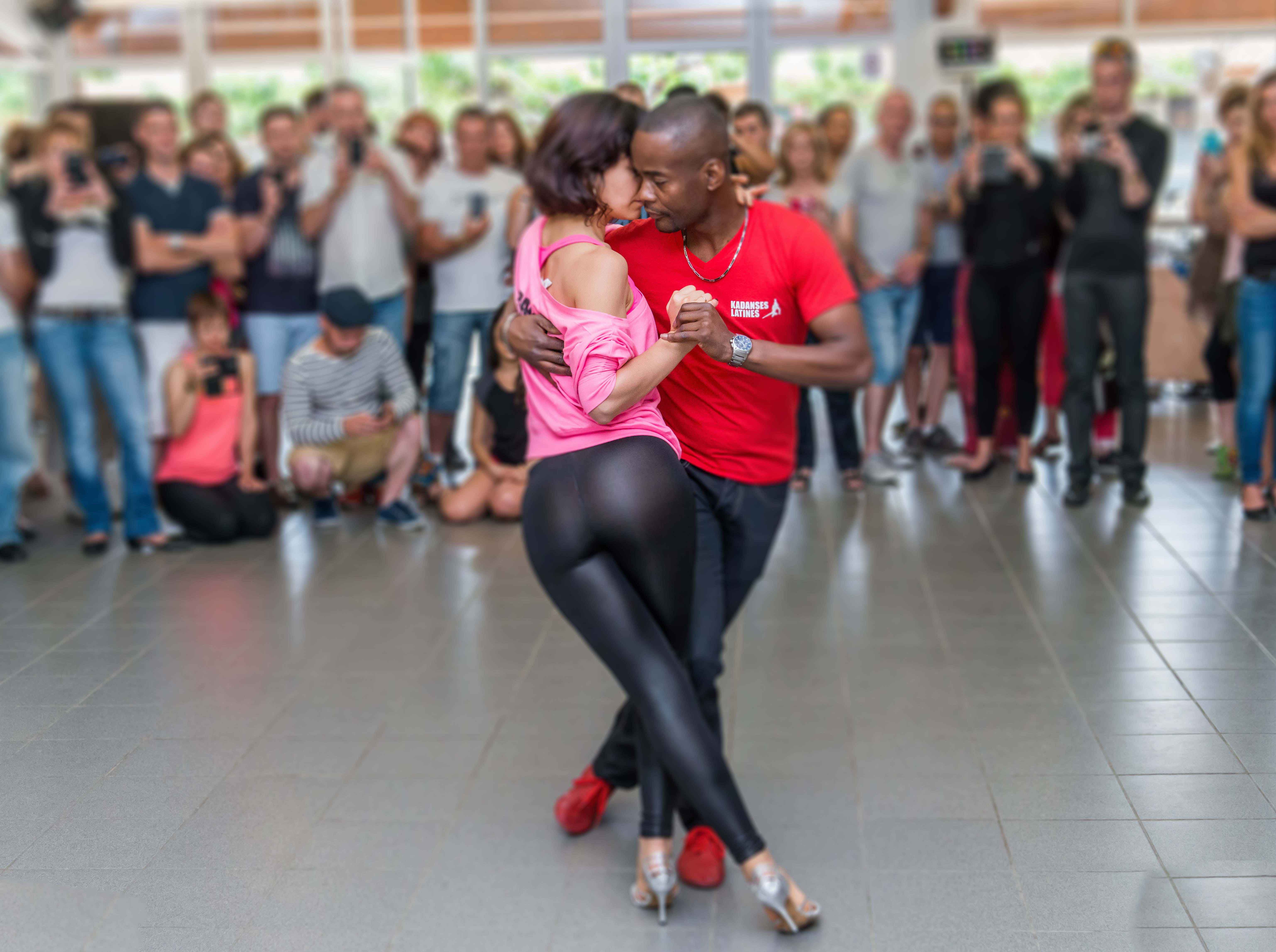 Dancing productions l 39 ecole de danse montpellier - Danse de salon montpellier ...
